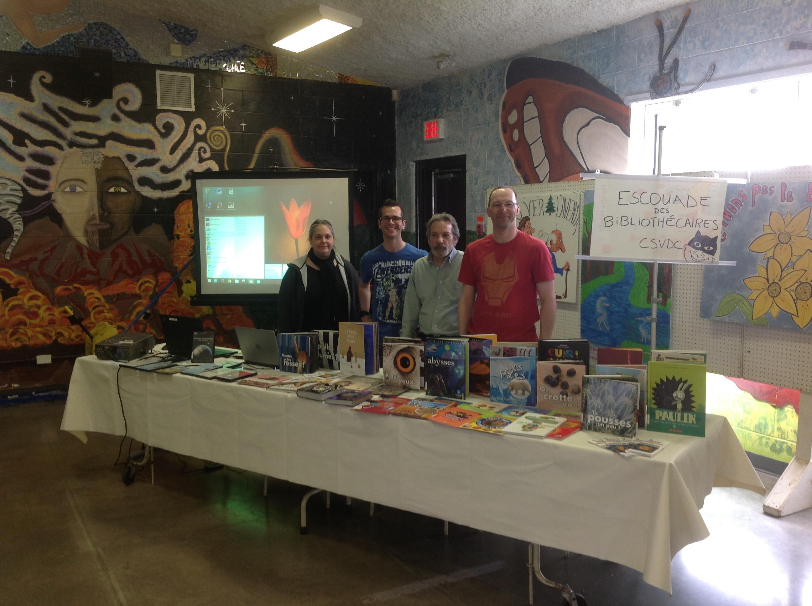 L'Escouade des bibliothécaires célèbre en grand la Journée de la Terre!